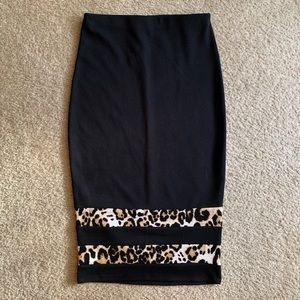 Dresses & Skirts - Black & Leopard Print Skirt || Medium